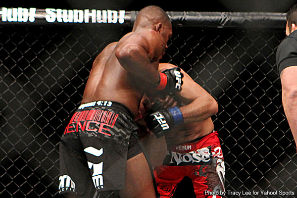 Jon Jones showcases his guillotine against Machida